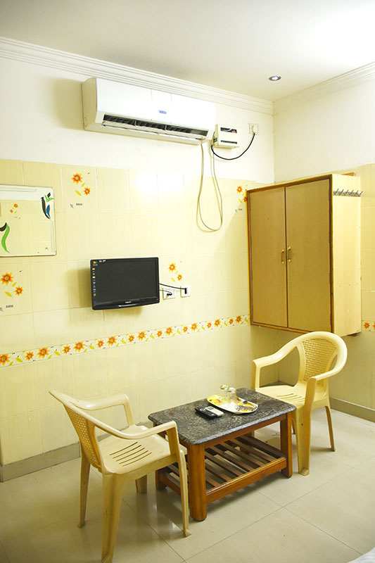 Hotel Govind Heights - Standard Ac Triple Room-2